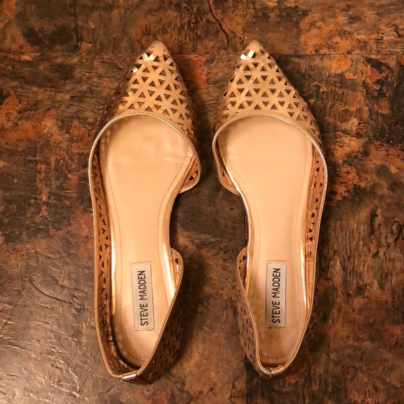 ad0fbd78793 Steve Madden Eammon Laser Cut Flats- Size 10